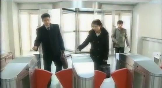 북한 평양의학대학 전자도서관 마련